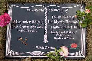 Ila Myrie Holland (buried above her favourite uncle)
